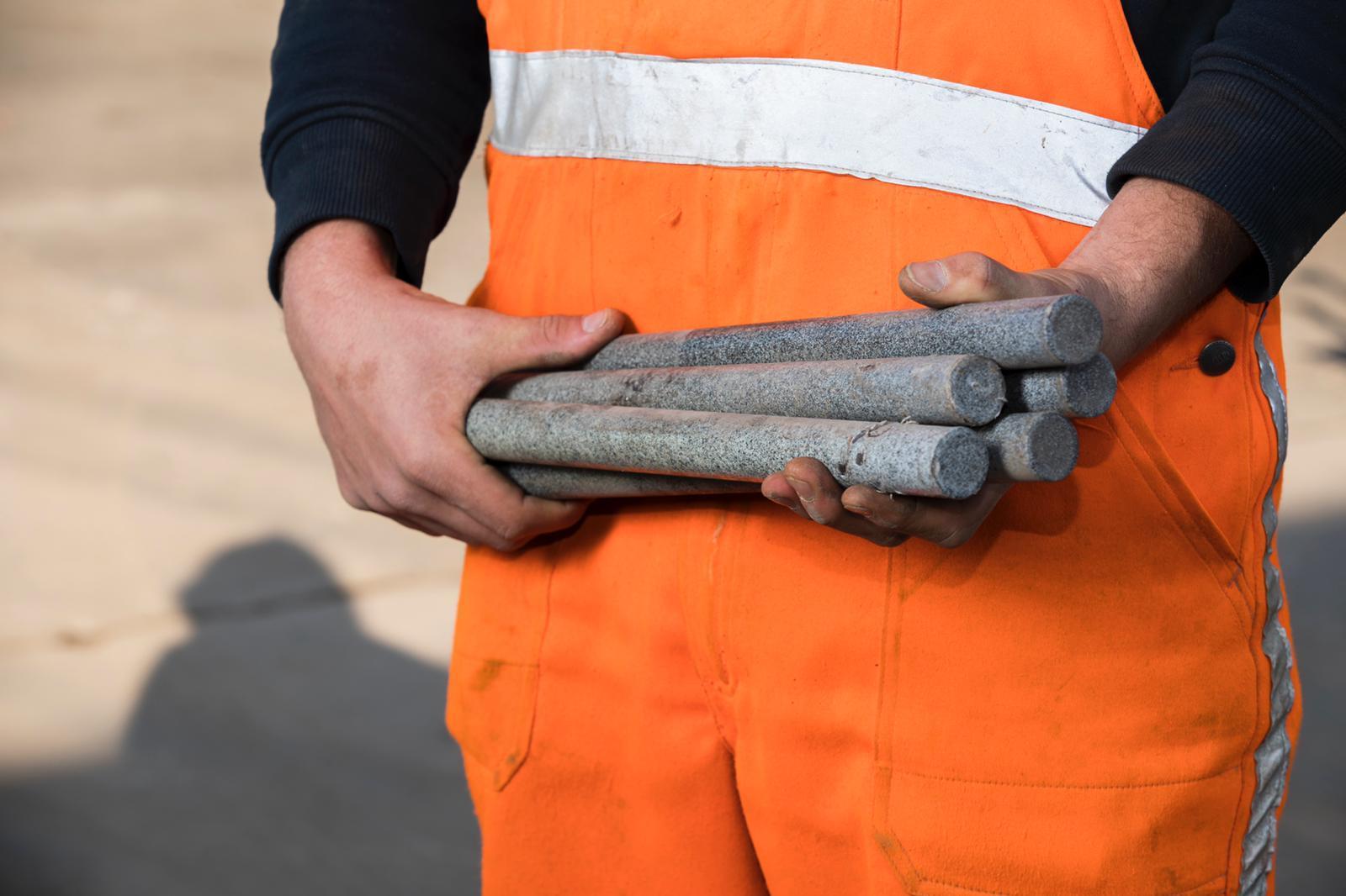 Deuvels voor in de beton